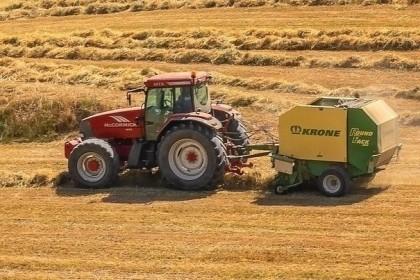 Co na rozkład słomy, resztki zbóż, kukurydzy?